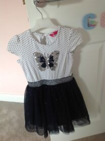 3-4 Beautiful Girls Party dresses! VGC!