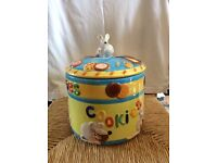 3D novelty biscuit barrel / cookie jar