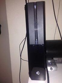 Black Xbox 1 500gb