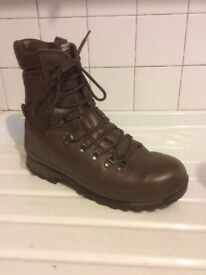 Altberg High Liability Special Forces MOD Boots size 9