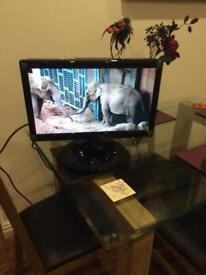 19 inch tv with freeview and docking station