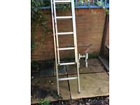 Extension ladder good condition twenty two rung complete with sbiliser