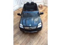 Mercedes Benz kids battery operated ride on
