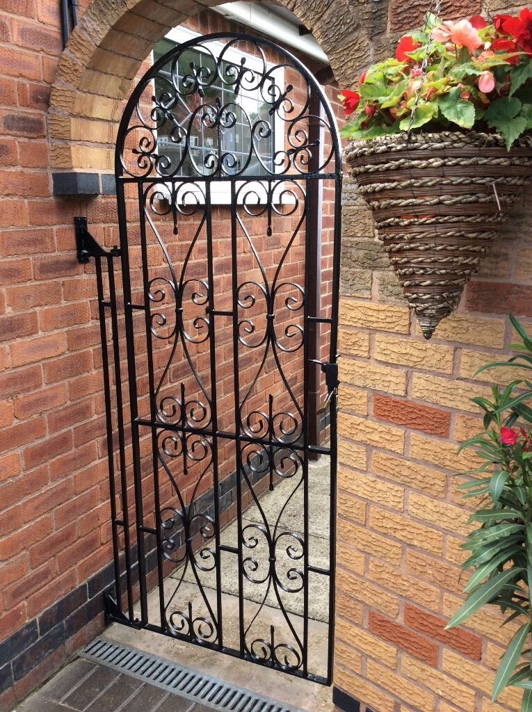 Sturdy wrought iron arched side gate fittings included