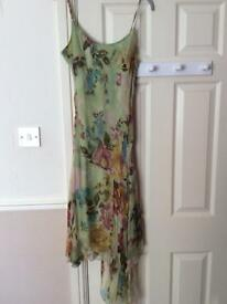 Size 8/10 floral dress