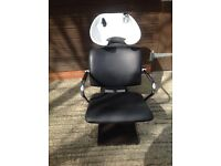 Hairdressing chair and basin