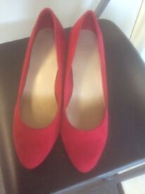 Brand new, unworn ladies red shoes, from the m&s collection..wide fit size 6