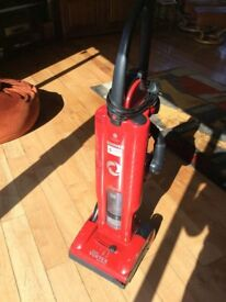 HOOVER VORTEX BAGLESS UPRIGHT CLEANER EXCELLENT CONDITION