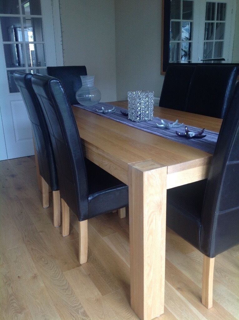 Contemporary 100% Solid Oak Large Table with six leather high back seats for sale to good home