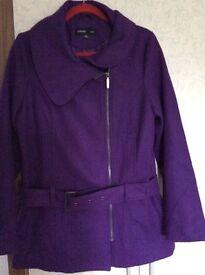 Ladies purple coat 12/14 in excellent condition