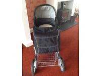 Silvercross pram in excellent condition with cosytoes and raincover