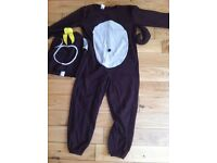 Monkey outfit/curious george