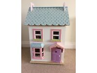 Brand new Petticoat Tails Dolls House including new Playmat