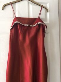 Nearly-new ladies red formal / prom dress with diamante detail and sash