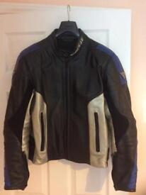 Dianese D-TEC Motorcycle Leather Jacket Size 42, Medium (Euro 52)