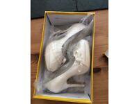 New bride / bridesmaid shoes
