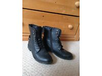 Size 5 Black and rustic style grunge boots