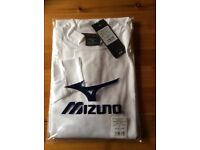 Mizuno Thermal Base Layer Top , NEW with tags