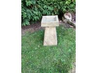 Old style Staddle stone bird bath/feeder with square top £28.00