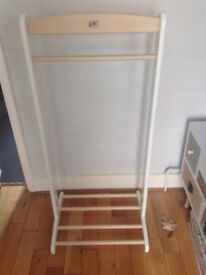 Children's clothes rail, wood/white painted sides