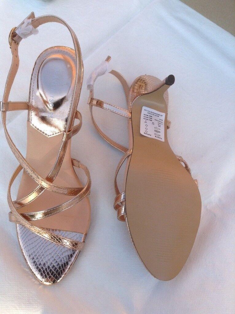 664827d4890c0 Ladies rose gold sandals. Unworn. Size 6.