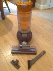 Dyson Dc41 multifloor with attachments