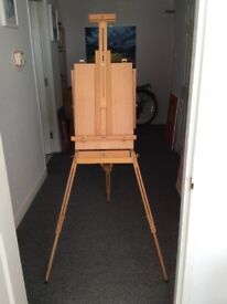 easel...Winsor & Newton WINDRUSH sketch box easel...unused/mint condition