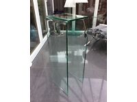 Glass lamp/plant table