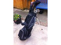 Dunlop golf club set £140 Ono
