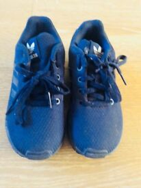 Boys Adidas trainers hardly worn almost new