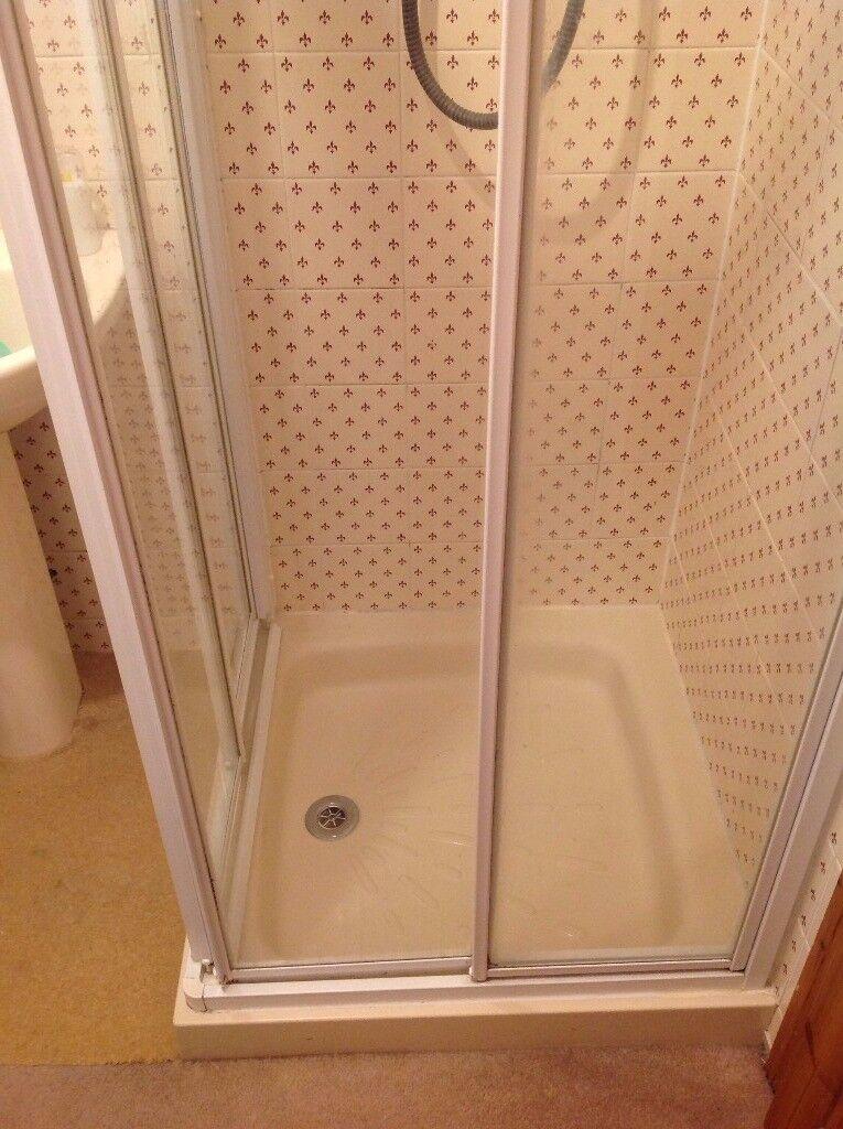 Showerlux Sliding Doors and Resin base