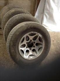 For sale Mitsubishi animal alloys with tires £120