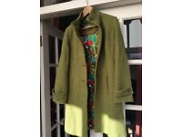 Beautiful Green Coat, size 10
