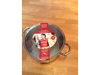 Brand new Viners 24cm casserole pan with glass lid