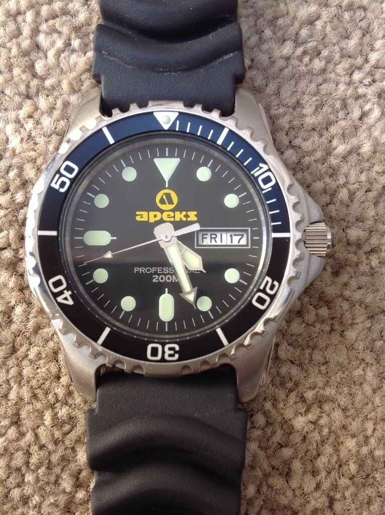best quality crown diver solid and down build watch space screw apeks uni case directional watches value bezel