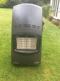 Calor gas heater. Delongi Quattro Plus. Inc. gas bottle and regulator.