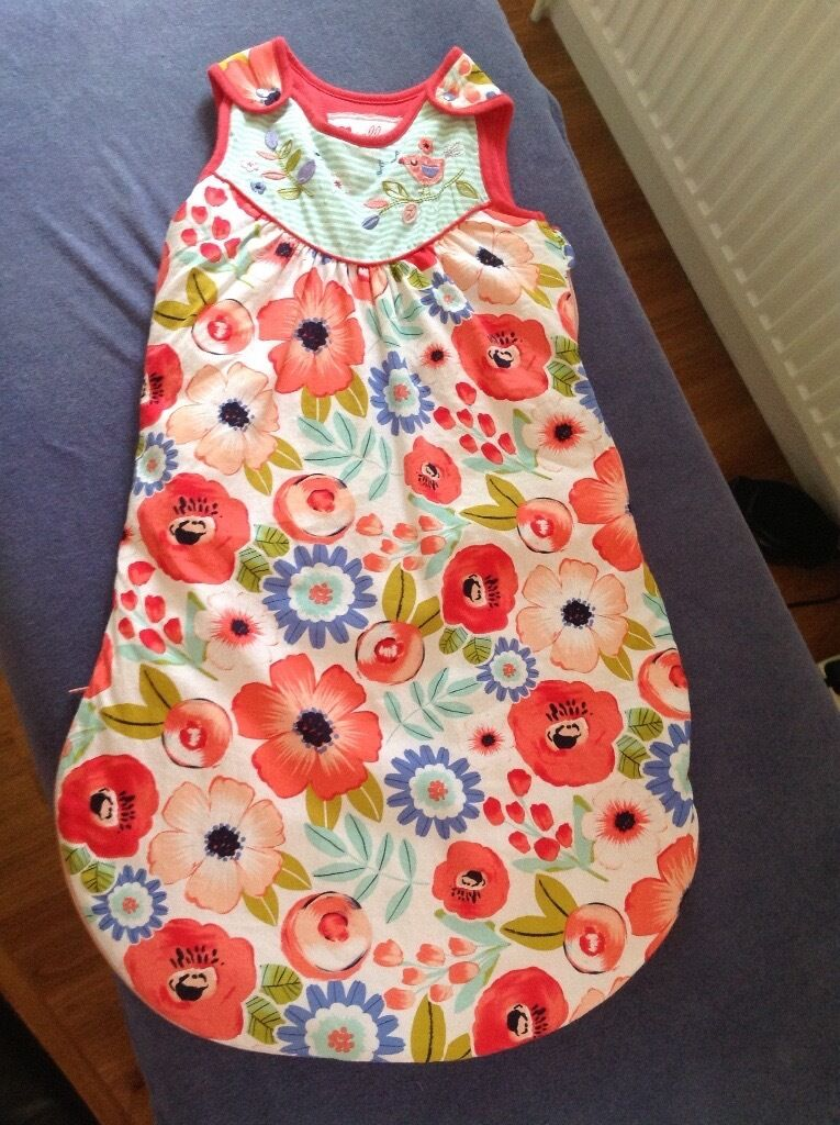 Baby clothes for salewinter 2016summer 2017in Headington, OxfordshireGumtree - A large selection of lovely baby clothes, shoes, bibs, swaddle cloths, muslins, sleeping bags, accessories for sale. Various sizes 3 6 months, 6 9 months, 9 12 months. Mainly girls clothing but also some unisex. All in good condition and clean....