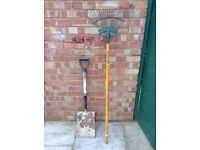 Shovel & Garden Rake