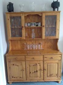 Lovely pine welsh dresser