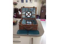 Debenhams picnic basket