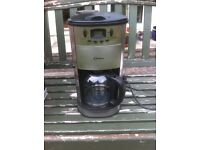 Delta CM1688 Stainless Steel Coffe Maker c/w Built in Grinder.