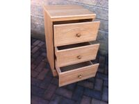 Modern set of bedroom drawers in great condition, Alston furniture