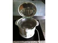 PHILIPS FRYER IN EXCELLENT CONDITION - HARDLY USED
