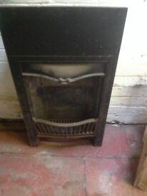 Original Victorian cast iron fireplace & grate