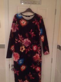 Very flower body on dress