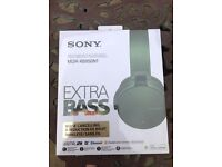 Sony for iPhone extra base NEW boxed headset £250