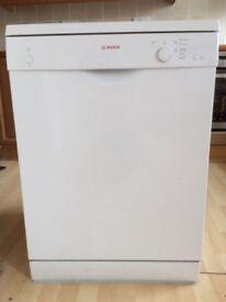Bosch Dishwasher SMS40T42UK
