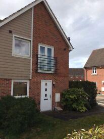 1 bedroom upside down house to rent Marnel Park Basingstoke