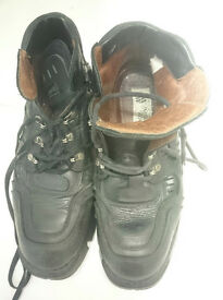New Rock Mens Black shoe / boot size 45 Excellent condition - barely woren