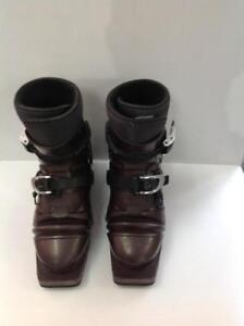 Skarpa Terminator Telemark Boots with Intuition Liner. Mens 7. (Z14866)